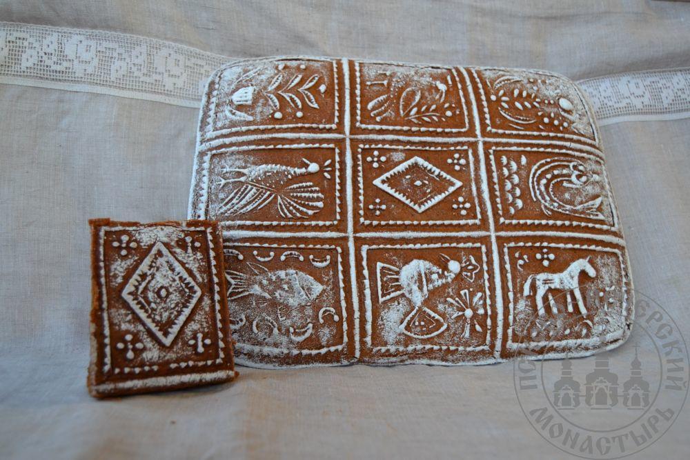 «Разгоня» имбирный пряничный пирог с начинкой (повидло), 1500г.